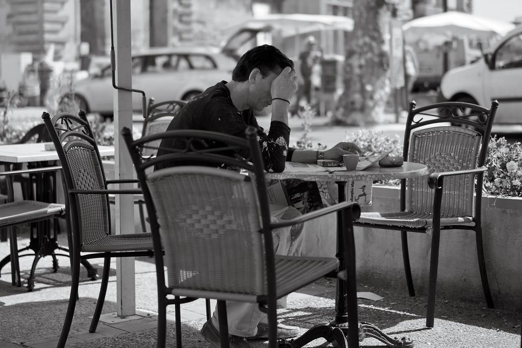 Cafe_alone